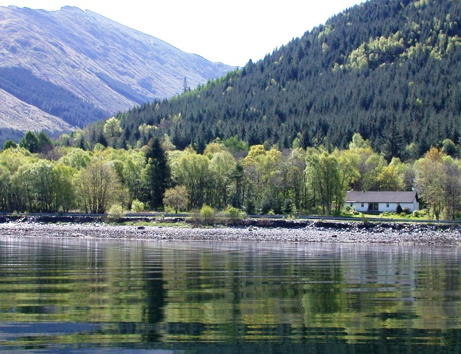 Glenachulish_Bay_auto_from_sea_660x507.JPG