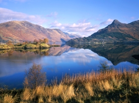 pap_of_glencoe_with_blue_sky_280_x207_jpeg.jpg